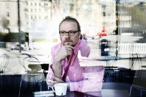 BETRAKTARE. Fredrik Lindström har röntgenblick för den moderna, urbana, välbeställda svensken.