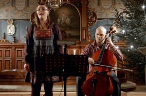 Betlehems stjärna. Framfördes av sopranen Ida Blomqvist och Andreas Jakobsson på cello.
