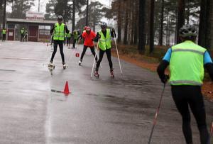 Ungdomarna som besökte skidgymnasiet fick vara med på ett teknikpass tillsammans med ordinare skidelever.