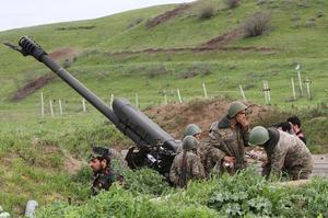 Armeniska soldater i Hadrupt-provinsen i Nagorno-Karabach.