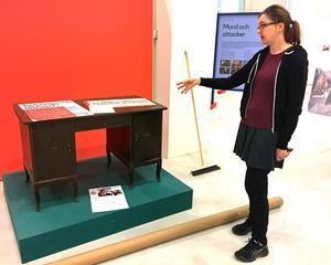 Från det här skrivbordet förde bruksarbetaren Eric Thorsell från Surahammar sin  kamp för homosexuellas rättigheter i Sverige.