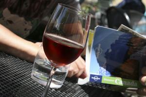 Vin i solen, gjort i Niagara.