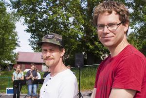 Lärarna Simon Olausson och Peter Starefeldt avslöjade att Kulturskolans band fått en extra insatt spelning under tisdagen.