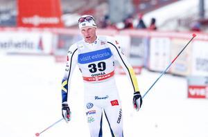 Daniel Rickardsson funderar på om det är värt att fortsätta satsa på skidåkningen.