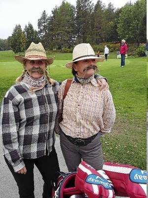 Vilde Bill Hickok med kompis eller Ann-Sofie Sundström och Ulla Åhman.