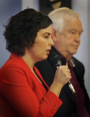 – Jag tolererar inte att bli förolämpad, sade kommunalrådet Terese Bengard (S) efter den kritik hon utsattes för av Gunnar Klint under fullmäktigemötet.
