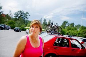 Jean Jonsson, Nälden:– Man kan väl inte säga att det finns för många parkeringsplatser i stan, men generellt sett har jag inga problem att hitta parkering. Att betala sex kronor i timmen känns också helt okej.