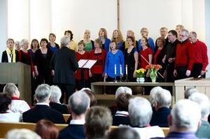Falu fredskör under ett framträdande den 28 april 2014. Foto: Janne Eriksson