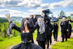 Ur Vildhussen 2014 - publiksuccé och inledning på Teater Västernorrlands nya lokala giv.