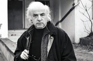 Norman Manea, född 1936, är en av de mest betydande rumänska författarna i dag. Sedan 25 år bor han i USA.