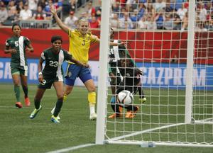 Inbytta Lina Sembrant satte 3–2-målet.