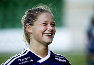 Amanda Månsson har kommit tillbaka efter sin korsbandsskada och hittade formen direkt. Hon har gjort sex mål på åtta matcher.