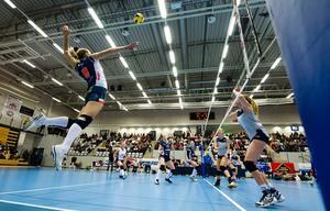 Lindesbergs Sara Malmlöv möter Gislaved i kvartsfinal – Whitney Turners Örebro ställs mot Hylte/Halmstad.