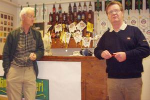 På bilden ses initiativtagaren till studiebesöket i Pilgrimstad Rolf G. Swedbergh tillsammans med marknadschef Peter Dahlström, Jämtlands bryggeri.