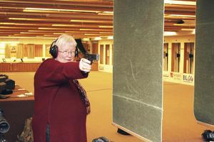 Skarpskytt. Anita har länge varit med i Fagersta Pistolskytteförening. Hennes favoritgrenar är målskytte och fältskytte.