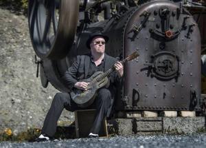 Johan Eliasson är en av Östersunds stoltheter inom bluesen.