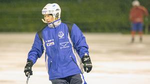 Tränaren Alexander Zinkevitch har förlängt kontraktet med Västanfors.