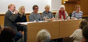 Panelen. David Karlsson, Anna Livion Ingvarsson, Jens Salander, Niels Hebert, Kerstin Monk och Gunilla Kindstrand.