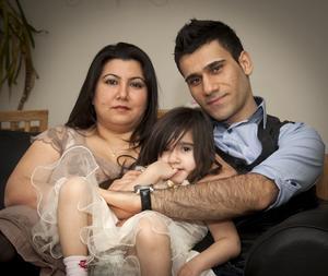 När Fatima och Hajar Sherefs dotter blev friskförklarad kunde de glädjas åt tillvaron igen. Dessutom har de båda jobb och familjen har nyss blivit ägare till en bostadsrätt som Hajar renoverat själv.