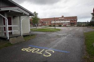 Omsorgspolitikerna i Nordanstig vill flytta handikappomsorgens dagcenter till Fröstuna skola.