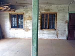 Möbelfabrikens gamla delar har tagits fram.