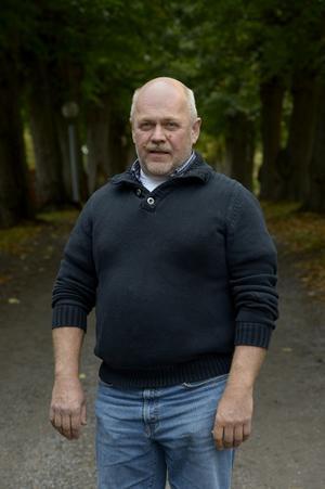 Mikael Carlsson.