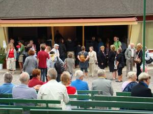 Det var många som sökte sig till Heby Folkets Park då Hebycentern firade att Centerpartiet fyller hundra år.Bild: Annika Krispinsson