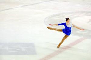 Olivia Pierre tillhör de äldsta åkarna i IF Castor. I helgens tävling slutade hon på en delad fjärdeplats. Foto: Henrik Flygare
