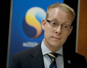 Migrationsminister Tobias Billström, M, vädjar till kommunerna att ta sitt ansvar...