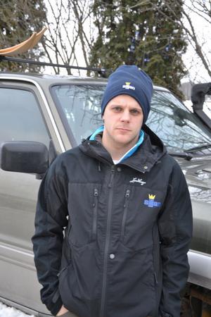 Virkesuppköparen Niklas Friberg känner sig kraftigt kränkt sedan han kontrollerats av en naturbevakare och polis under sin yrkesutövning.