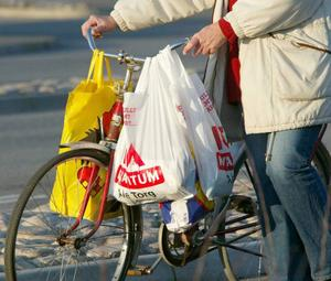 Många bantar  inköpen.