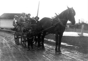 Några ur släkten som förmåddes att flytta till Dalarna.