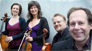 ... och rutinerade stråkkvartetten Archi Jamt spelar till.