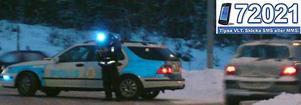 Avstängd. Polis har stängt av riksväg 66 i båda riktningar under räddnings- och bärgningsarbetet. Trafikanterna hänvisas till mindre vägar runt olycksplatsen.
