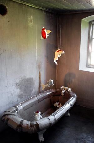 Installation av Robert Fearon.