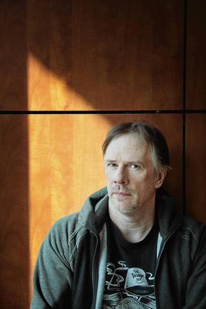 Hammerfalls trummis Anders Johansson fyller 55 år.
