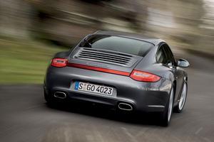Ett nytt fyrhjulsdrivningssystem kännetecknar nya Porsche Carrera S.Foto: Porsche