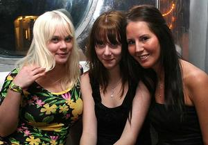 Silk. Lena, Caroline och Anna