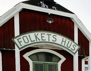 De bortglömda  noterna låg på vinden på Folkets hus i Hissmofors.