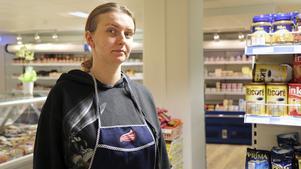 Marta Orlowska i den nya polska affären i Nynäshamns centrum.