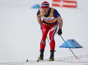 Martin Johnsrud Sundby stängs av i två månader och fråntas segern i Tour de Ski 2014/15 efter att ha tagit en otillåten astmamedicin.