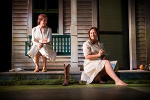 Både Kajsa Ernst och Cicilia Sedvall spelar Francesca Johnson i
