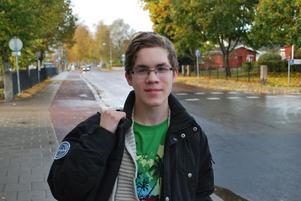Erik Stålfors - en miljömedvetens ungdom som vill att folk får upp ögonen för hur EU stödköper och dumpar fisk och skaldjur.