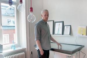 När Fredrik Bergström var i Nya Zeeland visade han alla han träffade en tre minuter lång film om Sundsvall.