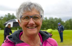 – Vädret har inte direkt lockat till golfspelande i år och därför betyder den här veckan ännu mer för oss i år än vad den gör annars, säger Maud Hjelte, Hede-Vemdalens golfklubb.