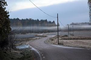 Bilden tagen en dimmig morgon innan solen gått upp.