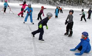 Isbanan vid Ulvsätraskolan är populär