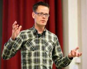 2004 startade Håkan Grip Proelec, i dag har företaget åtta anställda.