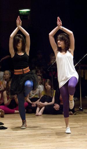 Balanssinnet är ett viktigt redskap när man dansar.