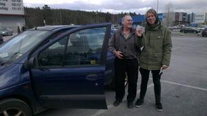 Erling Karlström hämtade bilen i Östersund och körde den hem till Junsele, en resa på 19 mil.